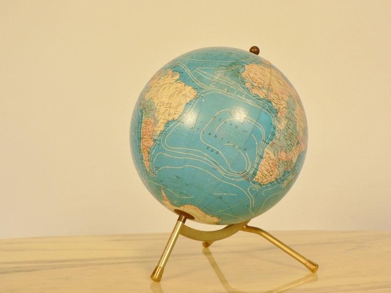 globe terrestre ancien. Black Bedroom Furniture Sets. Home Design Ideas