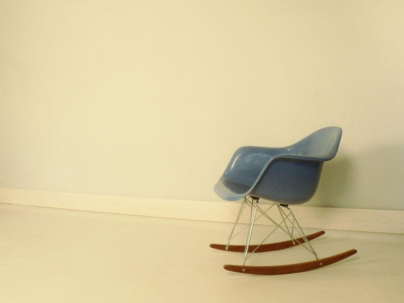 fauteuil eames bleu