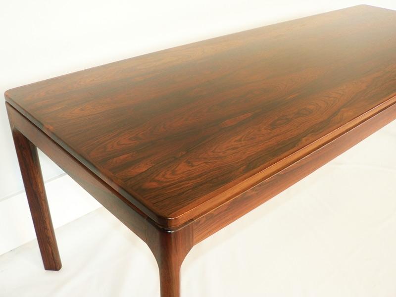Table basse scandinave en palissandre - Table en palissandre massif ...