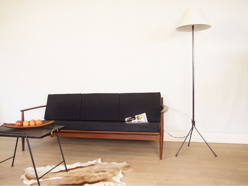 lampe cocktail scandinave gallery of lampe de chevet scandinave une suspension chevet a ampoule. Black Bedroom Furniture Sets. Home Design Ideas
