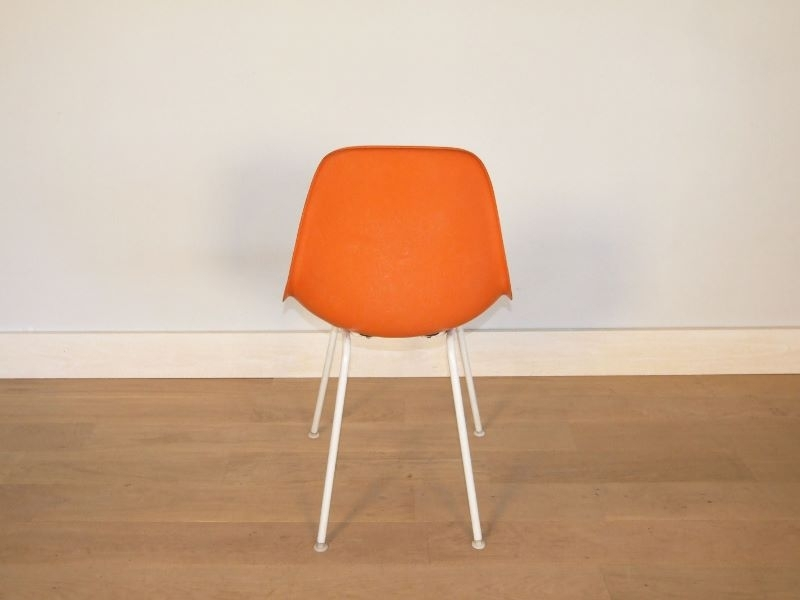 chaise eames fibre de verre 28 images the world s