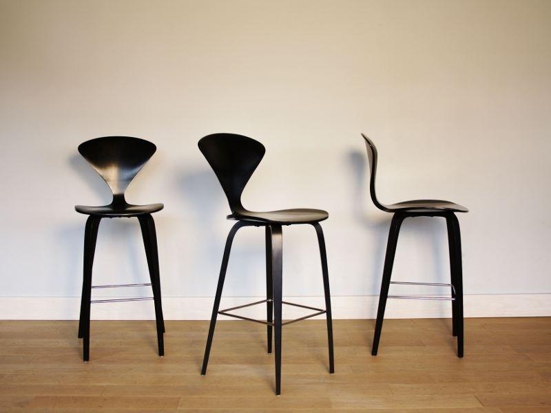 chaise haute bar cherner vintage ann e 60. Black Bedroom Furniture Sets. Home Design Ideas