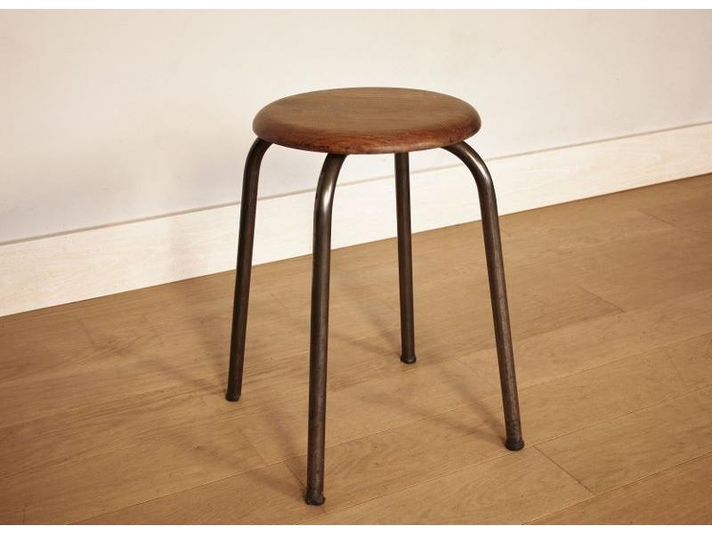 tabouret vintage ch ne m tal industriel. Black Bedroom Furniture Sets. Home Design Ideas