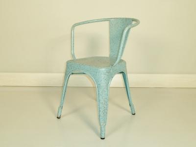 fauteuil tolix original pourra completer une jolie serie de chaises