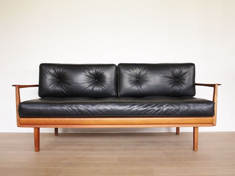 sofa daybed canap vintage cuir knoll antimott. Black Bedroom Furniture Sets. Home Design Ideas