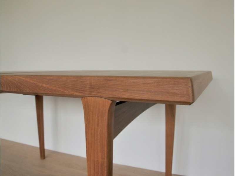 Table vintage design scandinave johannes andersen for Table scandinave a rallonge