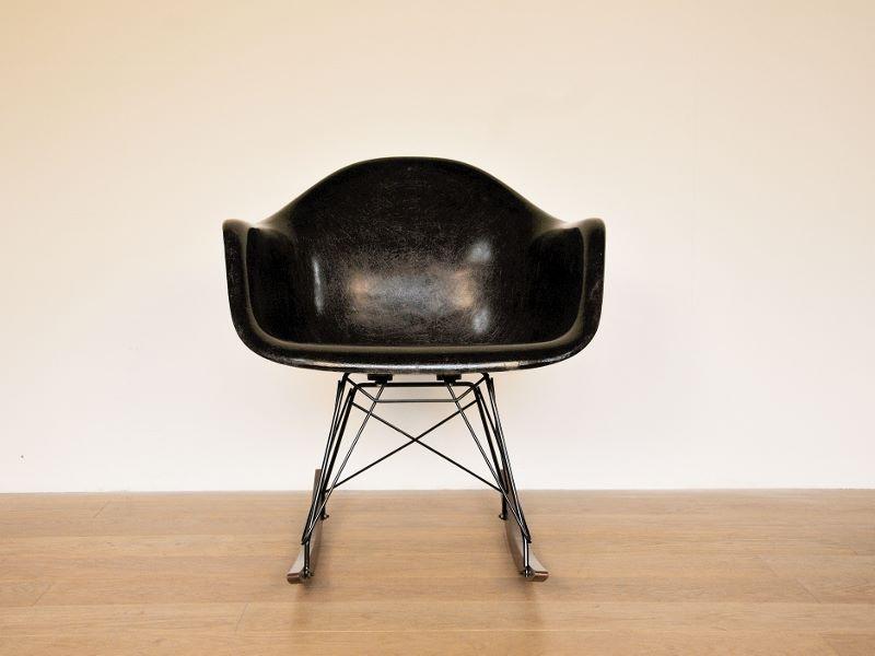 Eames rar noir vintage - Fauteuil bascule eames ...