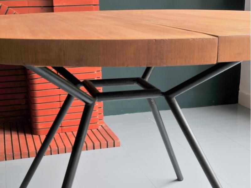 Table ronde vintage moderniste maison simone nantes - Table ronde a rallonge ...