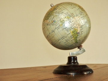 petit globe terrestre