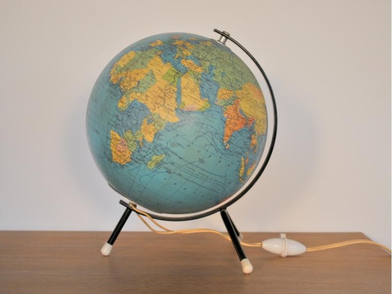 globe terrestre ancien vintage taride maison simone nantes. Black Bedroom Furniture Sets. Home Design Ideas