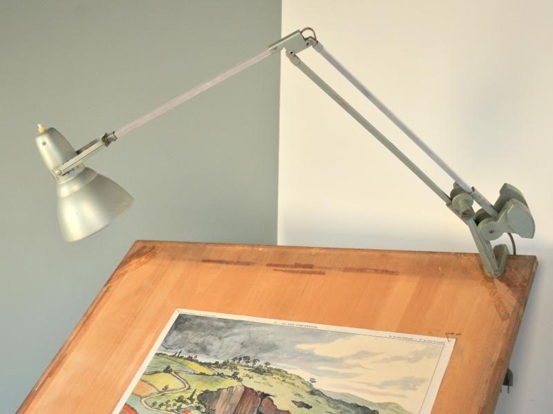 lampe atelier erpe vintage ann es 50 60 maison simone nantes. Black Bedroom Furniture Sets. Home Design Ideas