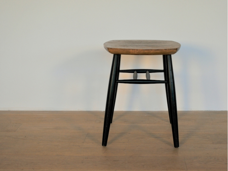 tabouret vintage scandinave maison simone nantes. Black Bedroom Furniture Sets. Home Design Ideas