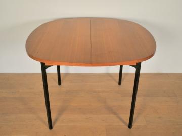 Table manger ronde arrondie moderniste ARP guariche motte vintage maison simone nantes
