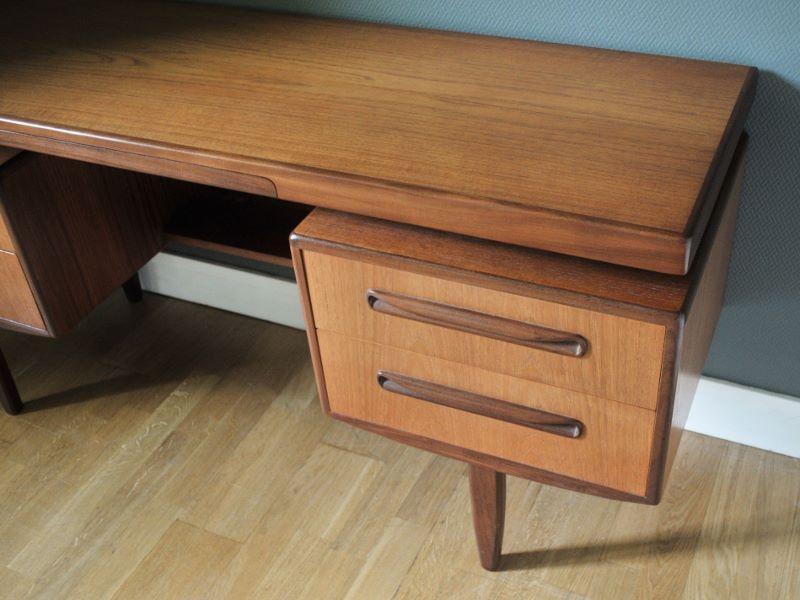 bureau vintage teck design scandinave kofod larsen g plan. Black Bedroom Furniture Sets. Home Design Ideas