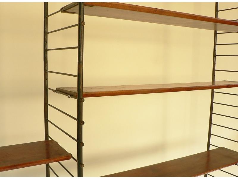 tag re biblioth que scandinave. Black Bedroom Furniture Sets. Home Design Ideas