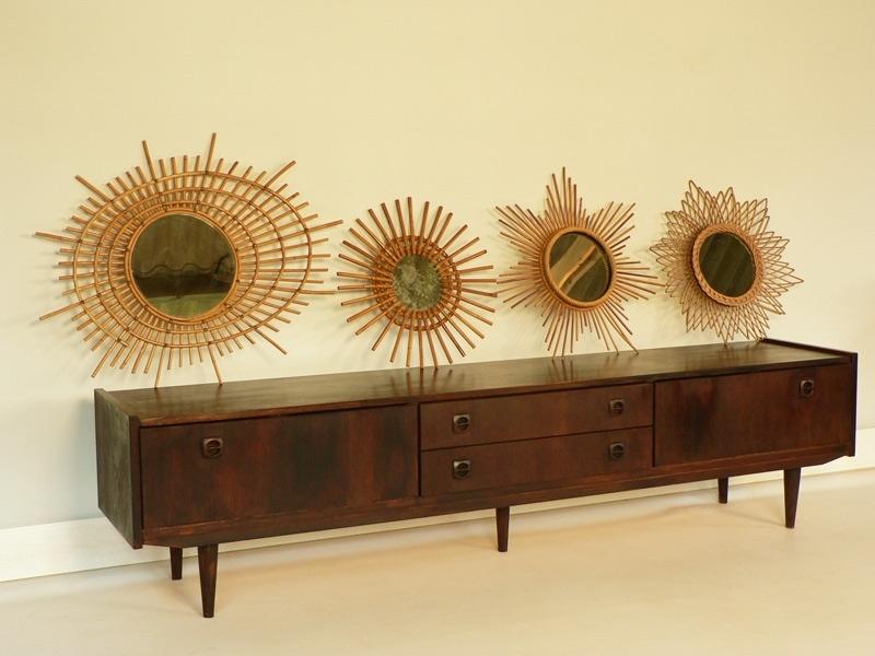 miroir soleil. Black Bedroom Furniture Sets. Home Design Ideas