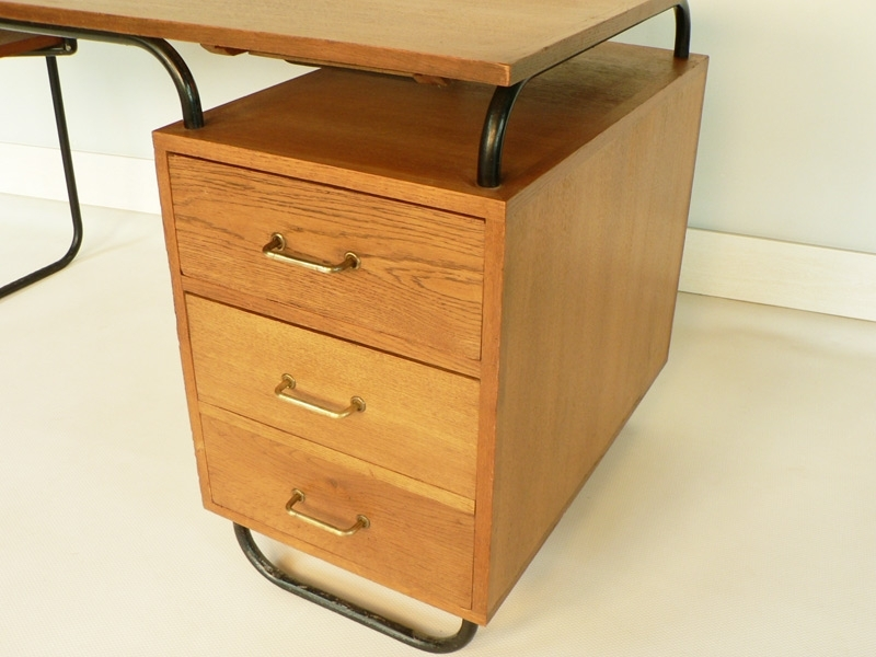 bureau style guariche. Black Bedroom Furniture Sets. Home Design Ideas