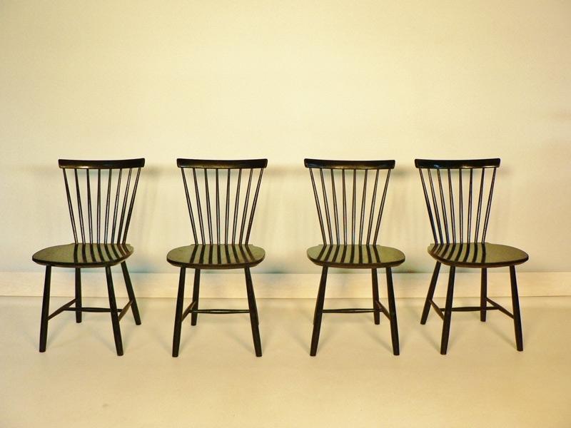 Suite de 4 chaises de style scandinave - Chaises de style ...