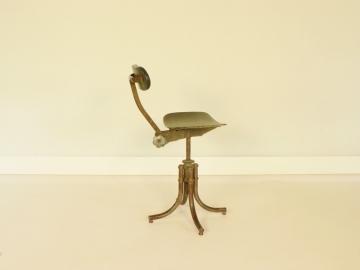 chaise bienaise pied tulipe