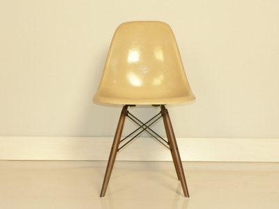 chaise eames dsw beige