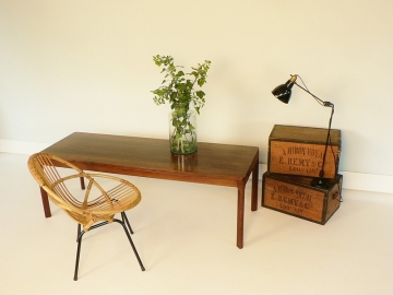 table basse scandinave en palissandre