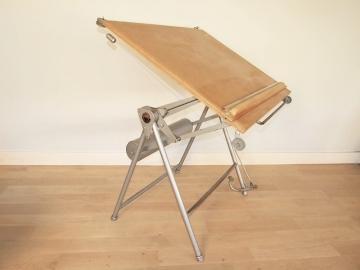 table de dessinateur