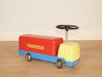 camion trotteur vintage