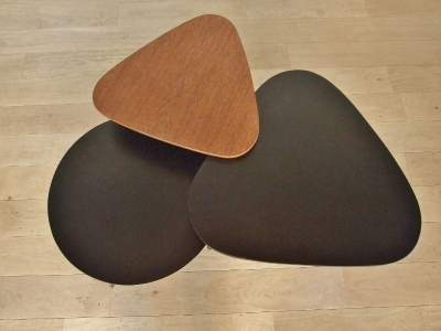 ensemble de tables basses tripode
