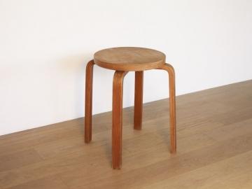 Tabouret stool E60 Alvar Aalto design vintage scandinave maison simone nantes lyon