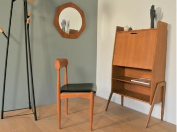 Chaise design scandinave Johannes Andersen maison simone nantes