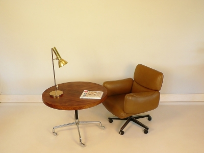table eames contract table